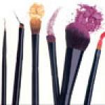 Кисти для макияжа и аксессуары